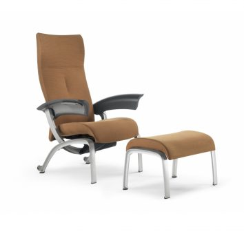 Nala Patient Chair with footstool.