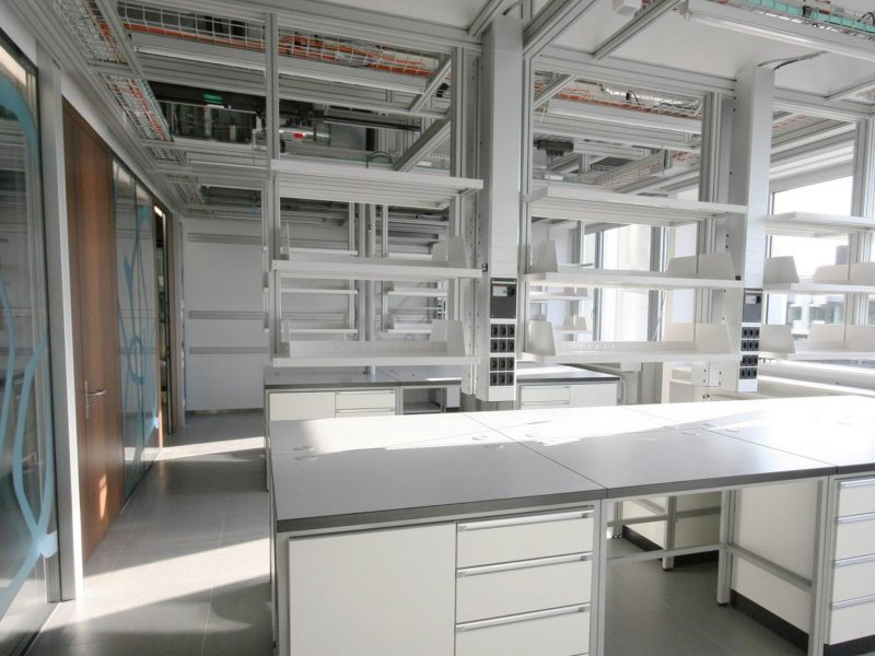 Modular construction, laboratory.